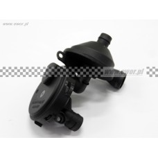 Odma / zawór odpowietrzenia skrzyni korbowej / separator oleju BMW E46 E39 E60 E65 E38 E83 E53 / (MAXGEAR-280252)
